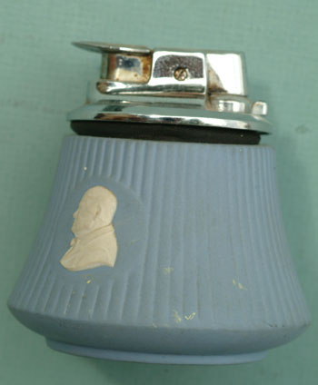 Wedgwood Churchill table lighter. NA.